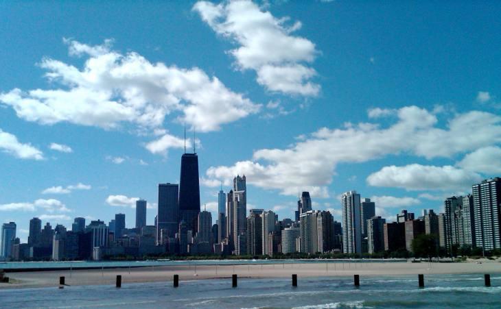 Fullerton Avenue, Chicago Cityscape