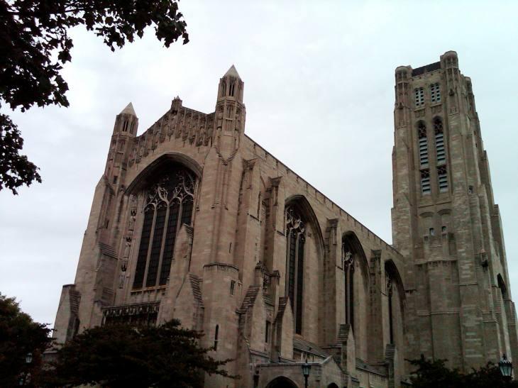 University Chicago Church