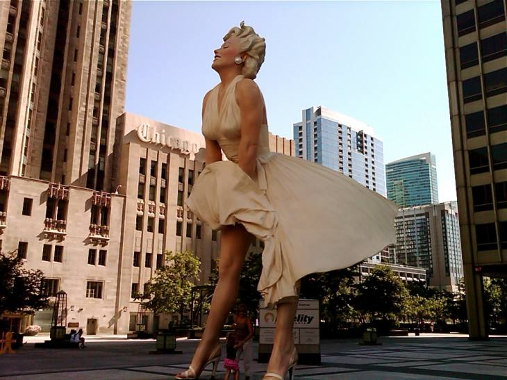 The Famous 'Seven Year Itch' Pose:  26-Foot Tall Marilyn Monroe Sculpture, Chicago (7.29.11)